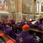 Papa celebra com cardeais o Jubileu de Prata de sua ordenação episcopal